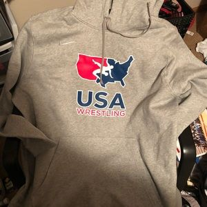 NWOT Nike men's USA wrestling hoodie grey